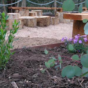 Childrens garden design and landscaping - Eltham East Primary