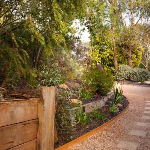 Native garden landscape design, Eltham